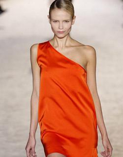 Платья сексуальные для нового года 2011