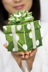 Как делать подарки The Village 18